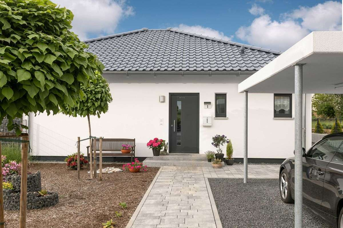 Barrierefreier Bungalow mit Carport